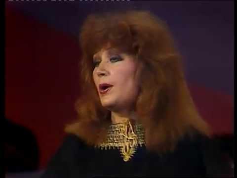 Алла Пугачева - Звёздное лето (Песня года, 1979)